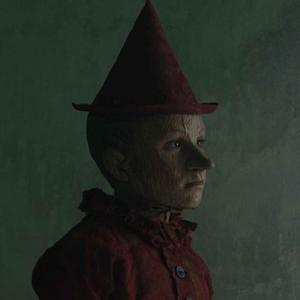 Pinocchio nei costumi di Massimo Cantini Parrini nel film di Matteo Garrone